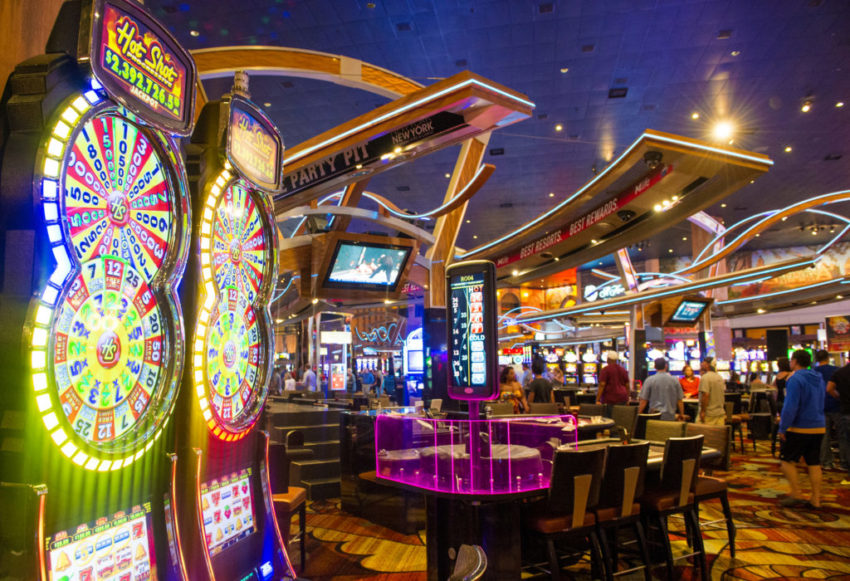 Everyone Loves Casino Games Online Free